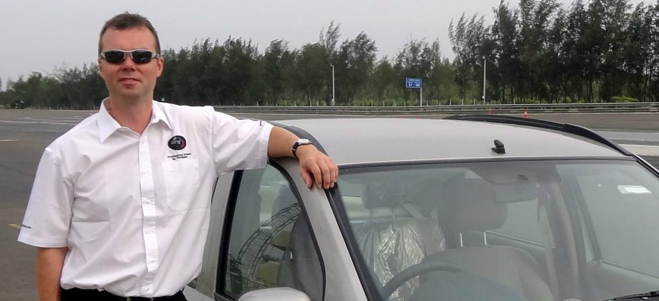 Delhi Airport Local and Outstation Tour Car Taxi Rental Service.